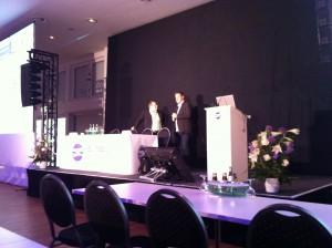 Die zwei SEO-Experten Uwe Tippmann und Markus Hövener im Gespräch auf der SEMSEO 2013 in Hannover