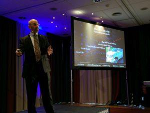 """Jim Stern eröffnet den eMetrics Summit mit einer super Keynote """"Mentoring The Machine"""""""